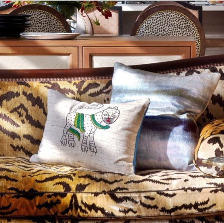 Farima pillow.jpg