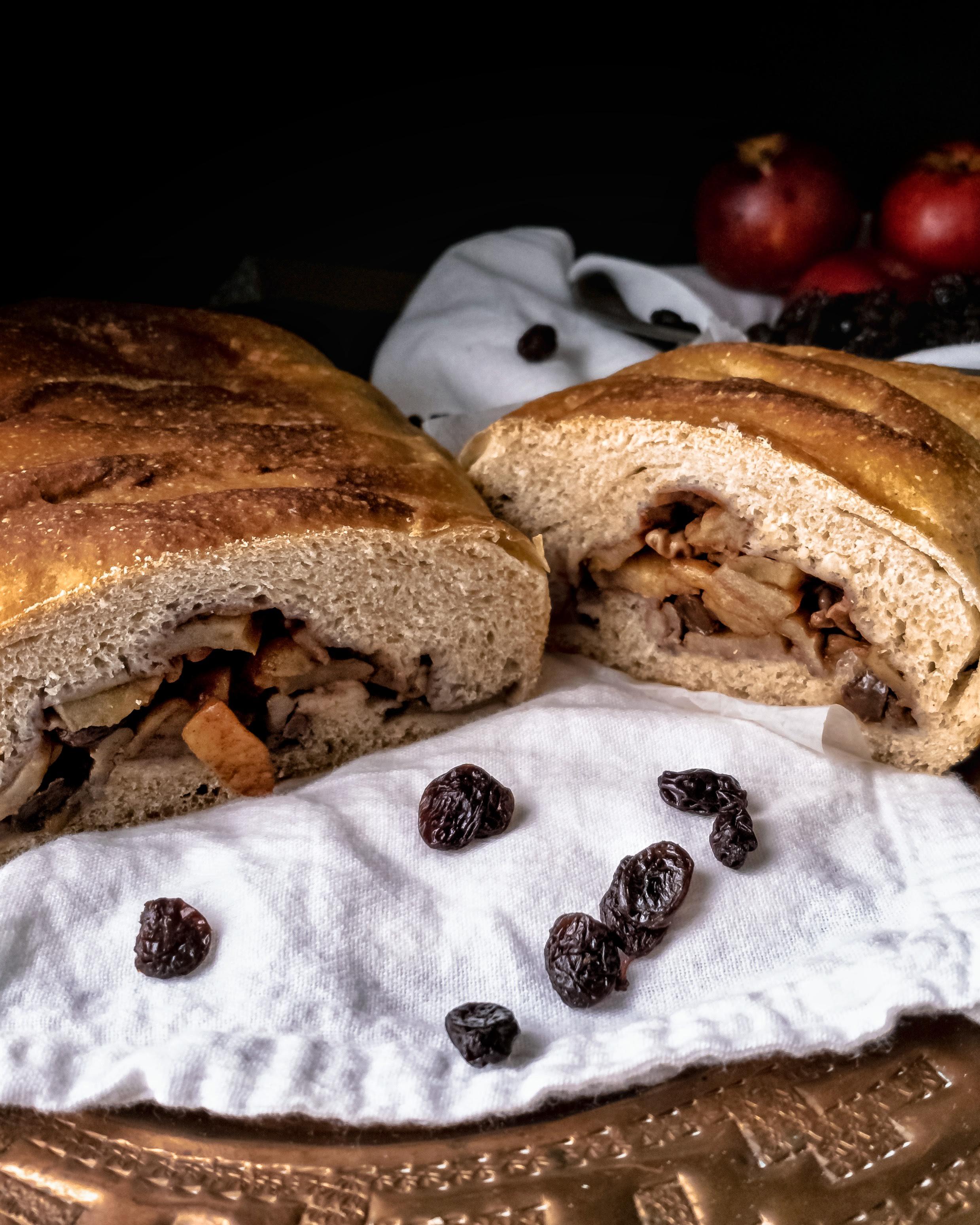Apple-filled Loaf