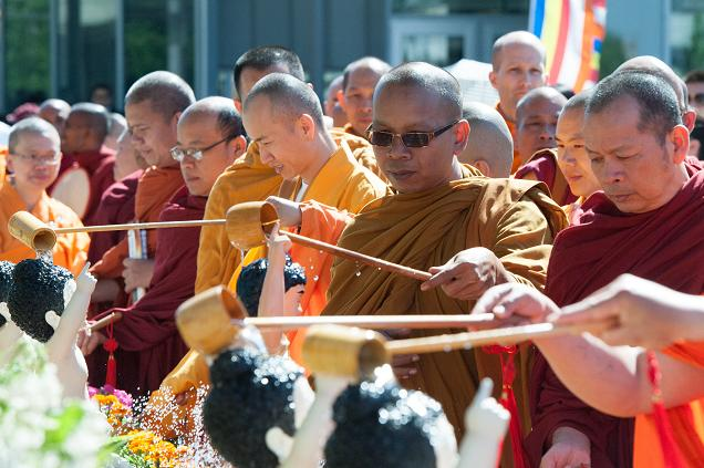 Vesak Buddha BD (2).jpg