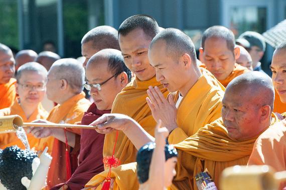 Vesak Buddha BD (4).jpg