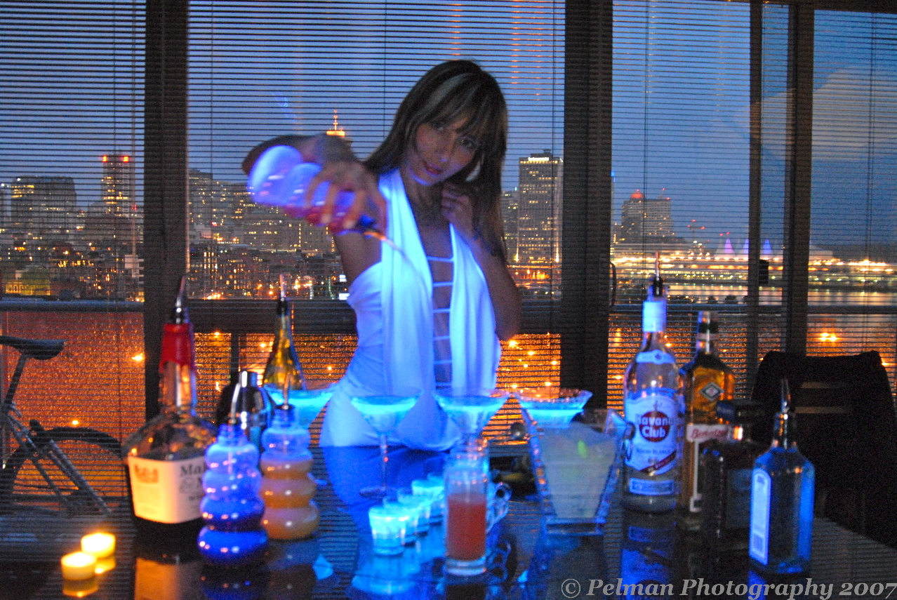 Becoming a bartender with barwoman Perri.