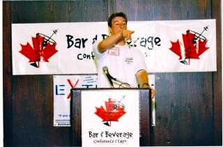 Scott-Young-featured-speaker-bar-&-beverage-magazine-trade-show-toronto.jpg