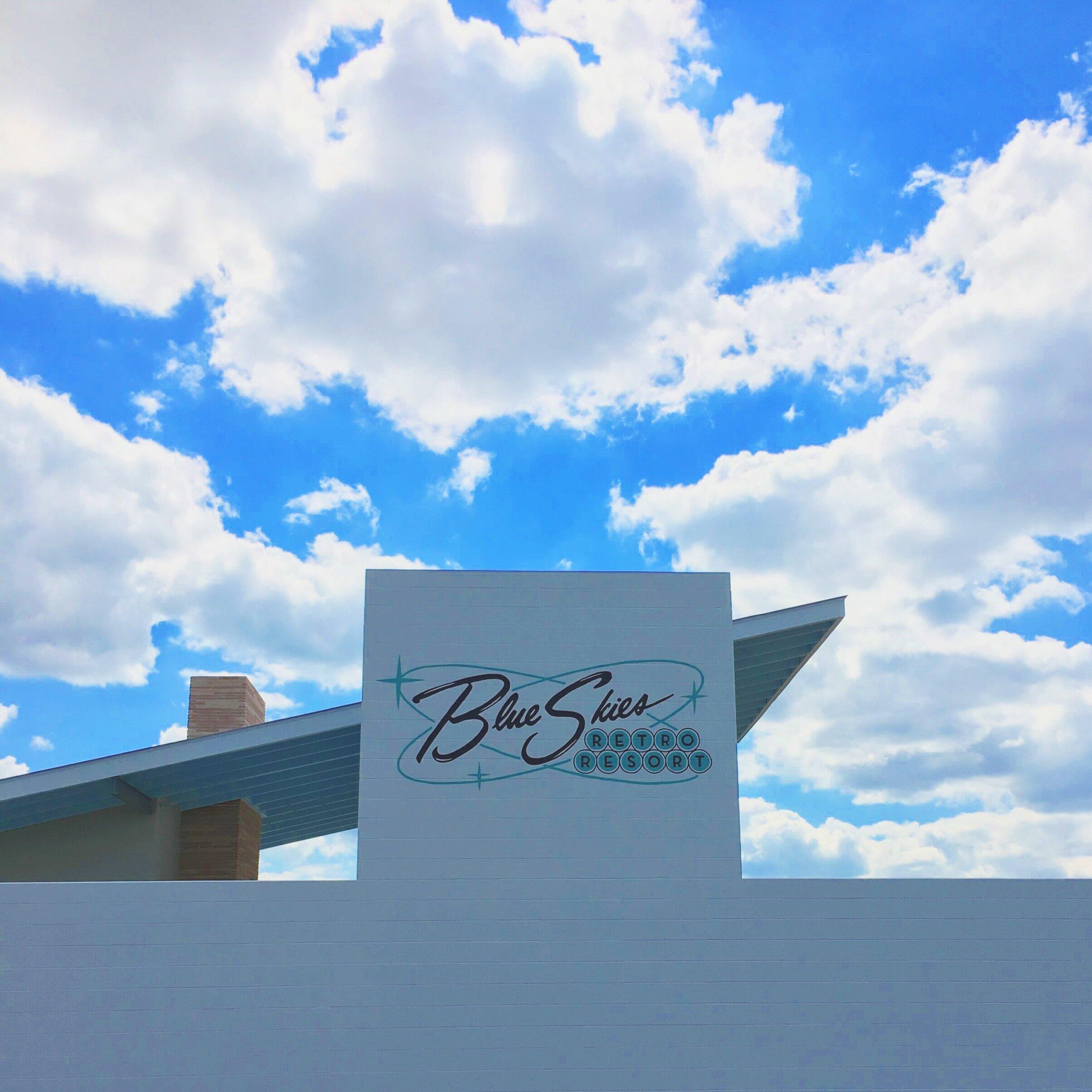 Blue Skies Retro Resort Sign Painting, Fredericksburg