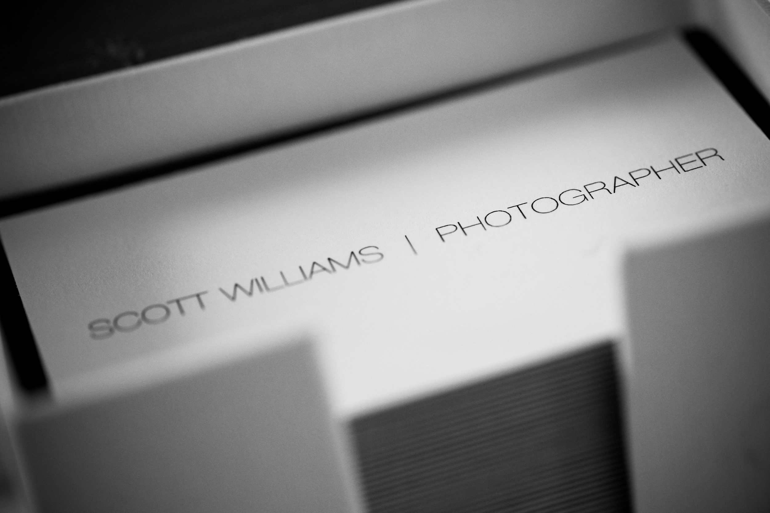 scott-williams-photographer-business-cards-002.jpg