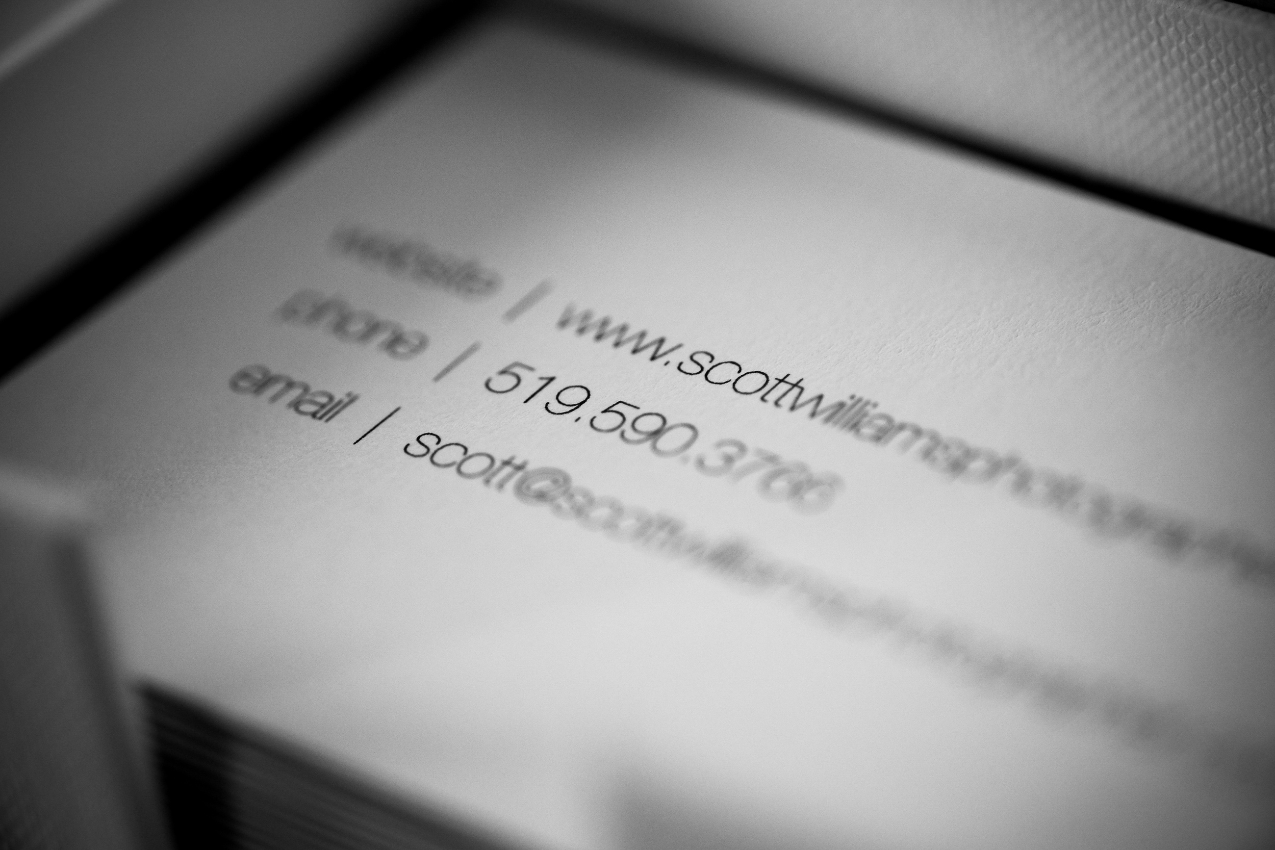 scott-williams-photographer-business-cards-003.jpg