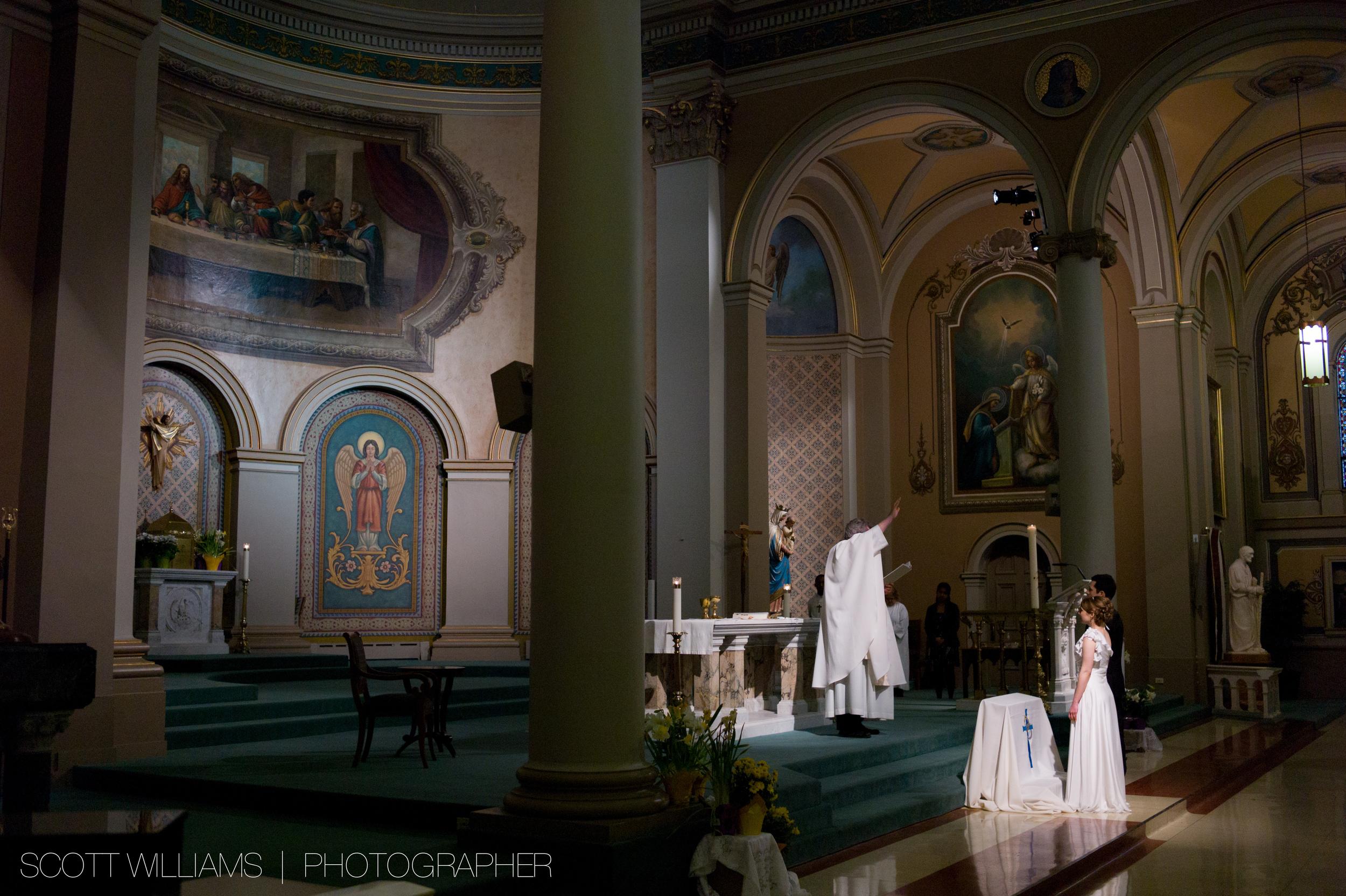 acheo-wedding-distillery-district-006.jpg