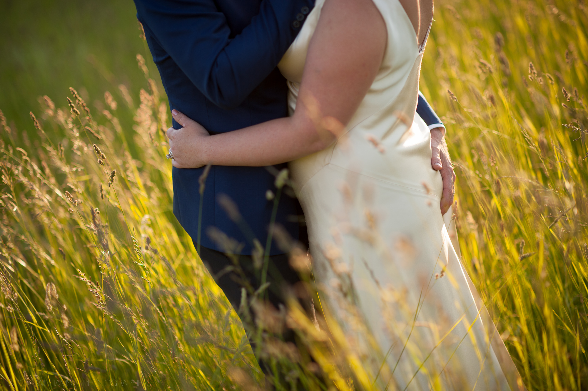 ontario-country-farm-wedding-rustic-014.jpg