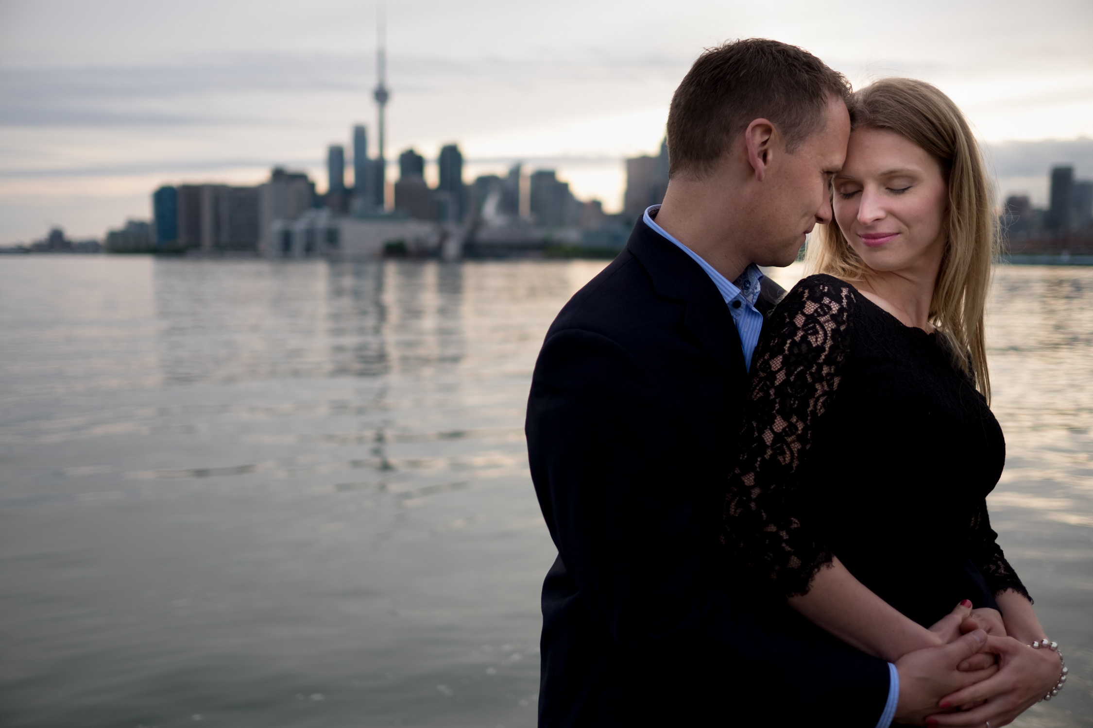 toronto-waterfront-engagement-picture-001.jpg