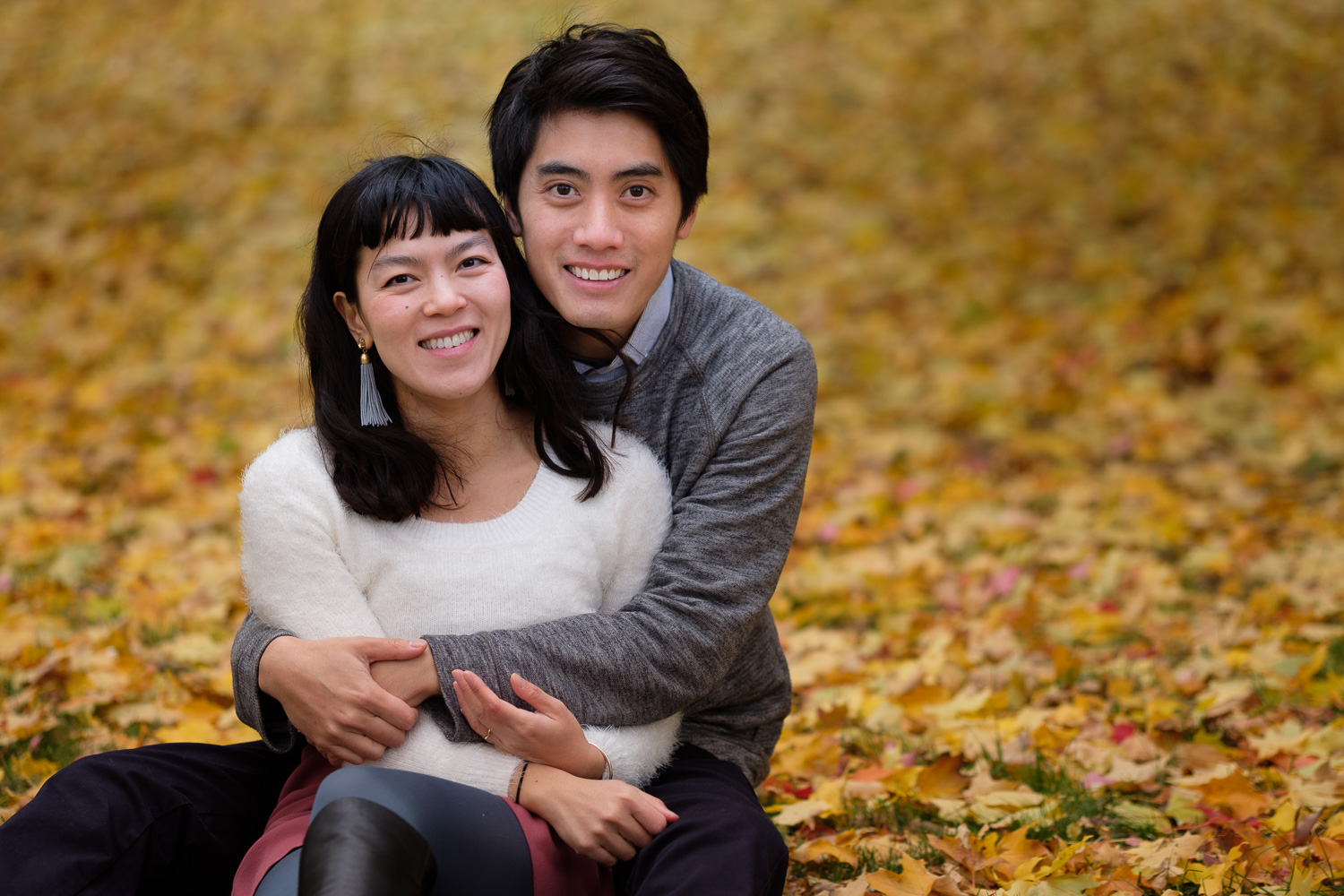 An autumn engagement session featuring fall colours with Huong and Aaron in Ottawa, Ontario by Toronto wedding photographer Scott Williams (www.scottwilliamsphotographer.com)
