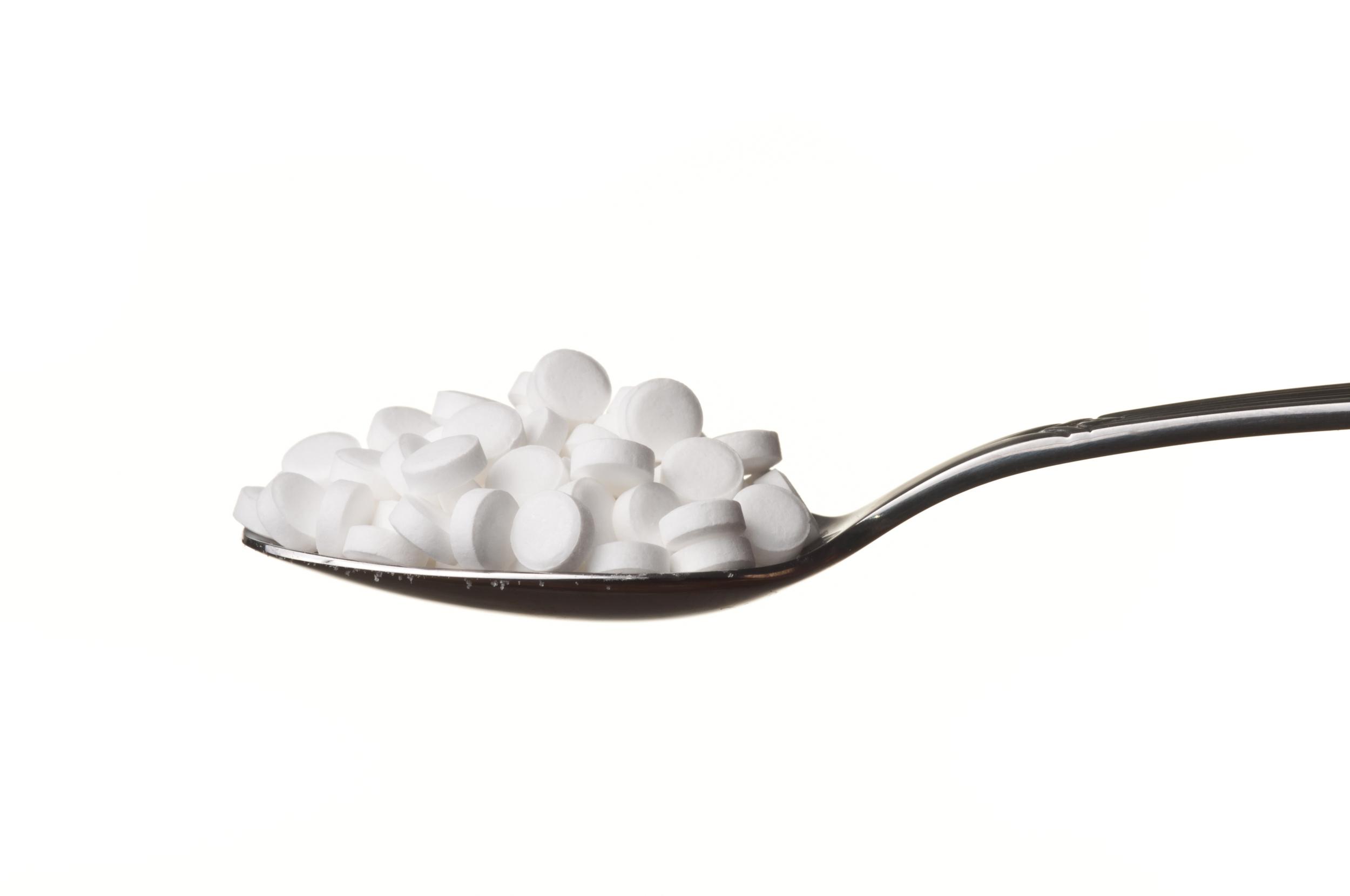 fake-sugar-spoon.jpg