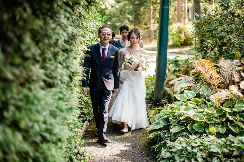 Jonathan and Clara - Stefanie Cepeda - Stanley Park-32.jpg