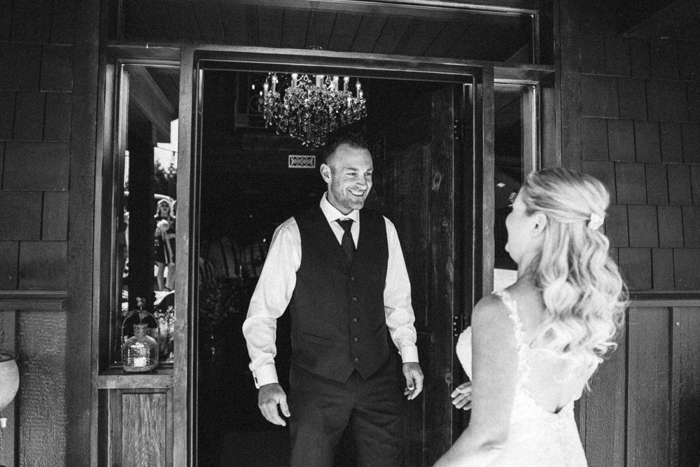 Abbotsford Single Tree Winery Wedding-13.jpg