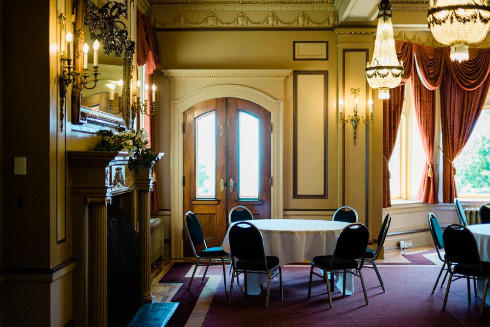 Hatley Castle Empress Hotel Wedding-9.jpg