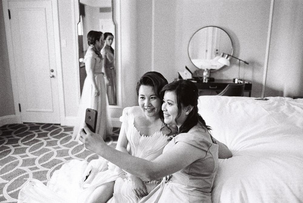 Fairmont Hotel Vancouver Wedding-40.jpg