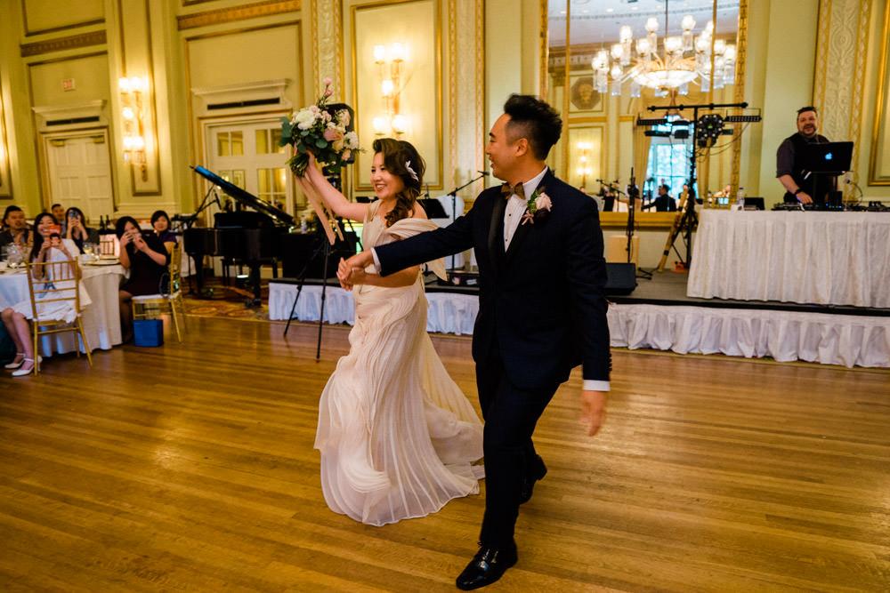 Fairmont Hotel Vancouver Wedding-87.jpg