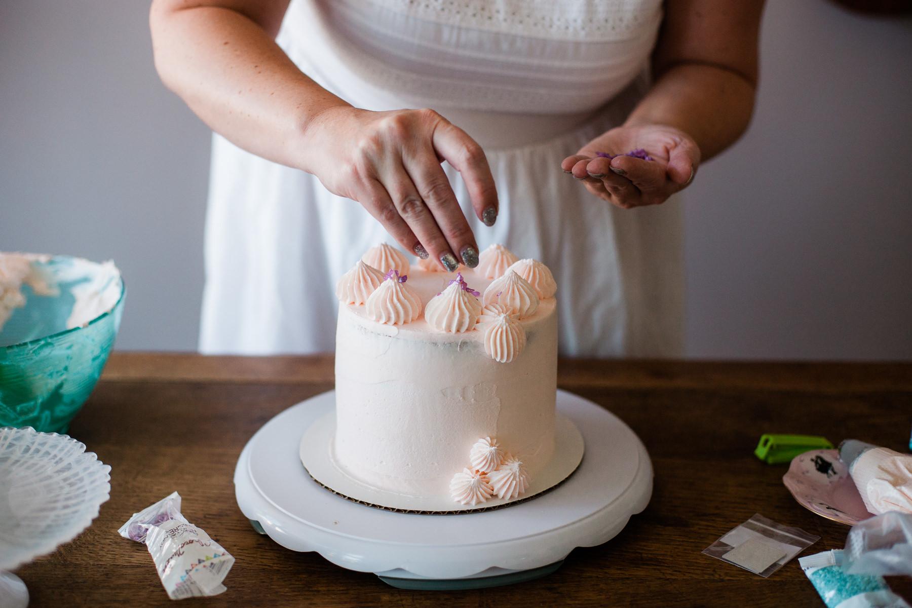 VanillaAndHoneyBee Cake WeddingVendorBTS-19.jpg