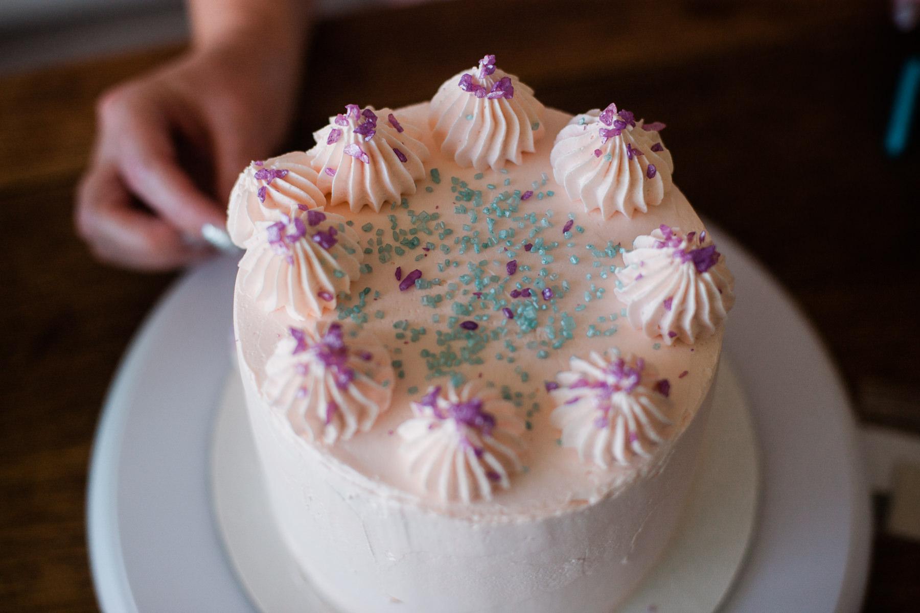 VanillaAndHoneyBee Cake WeddingVendorBTS-22.jpg