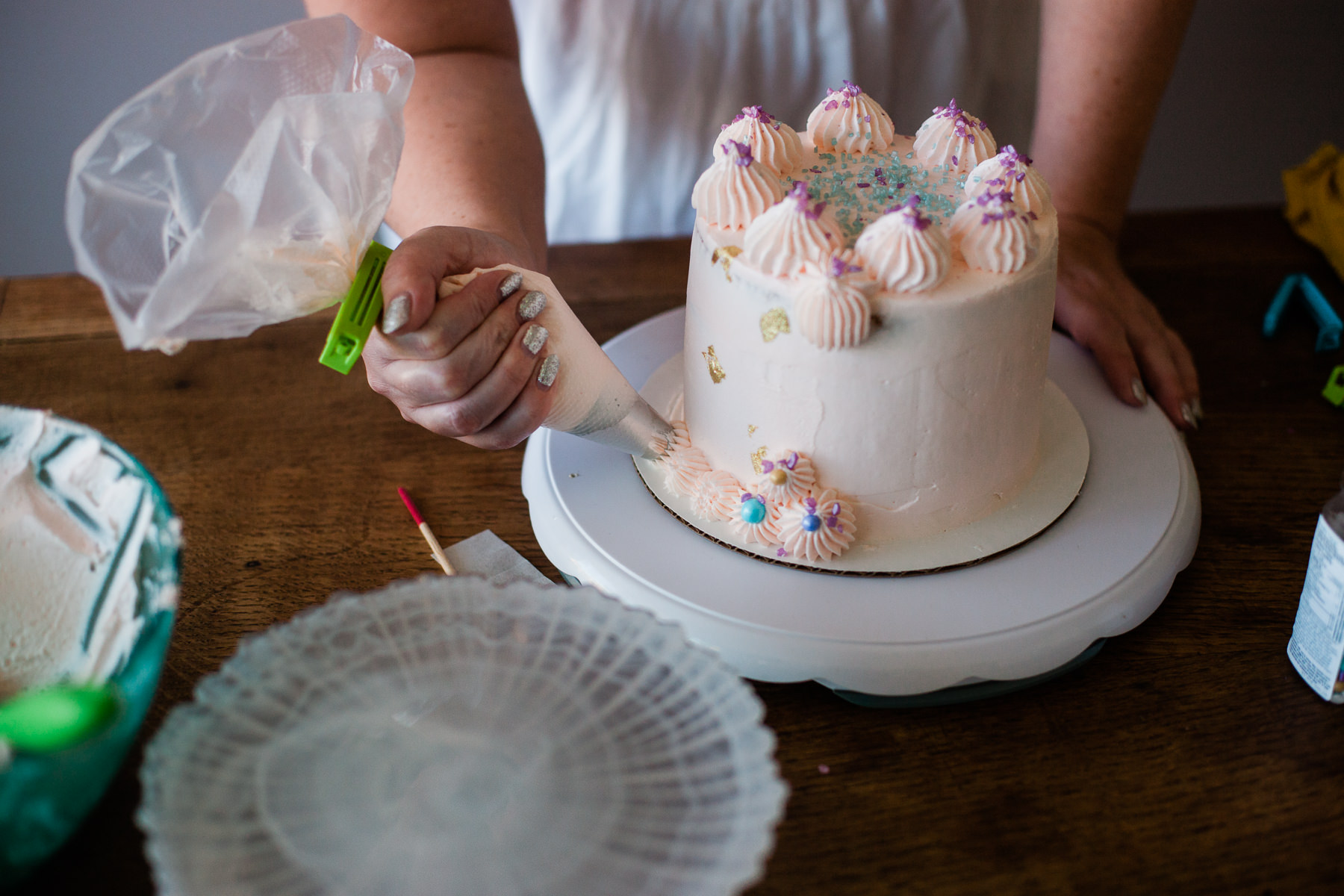 VanillaAndHoneyBee Cake WeddingVendorBTS-27.jpg