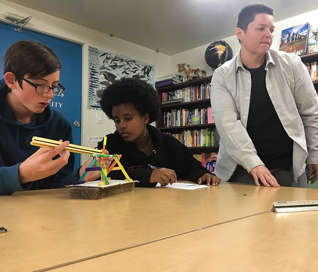 Getting revved up for the next week. Here's another peek at our take on a Spring Fling! Eighth graders ready their model trebuchets to test the ballistic accuracy and distance of their machines. After comparing design elements and measuring their impact on performance, each class is aiming to scale up their collective ideas to launch much larger projectiles! . . . #tms #steamproject #alted #alternativeeducation #middleschool #woodlandhills #topanga #knowledgenaturally