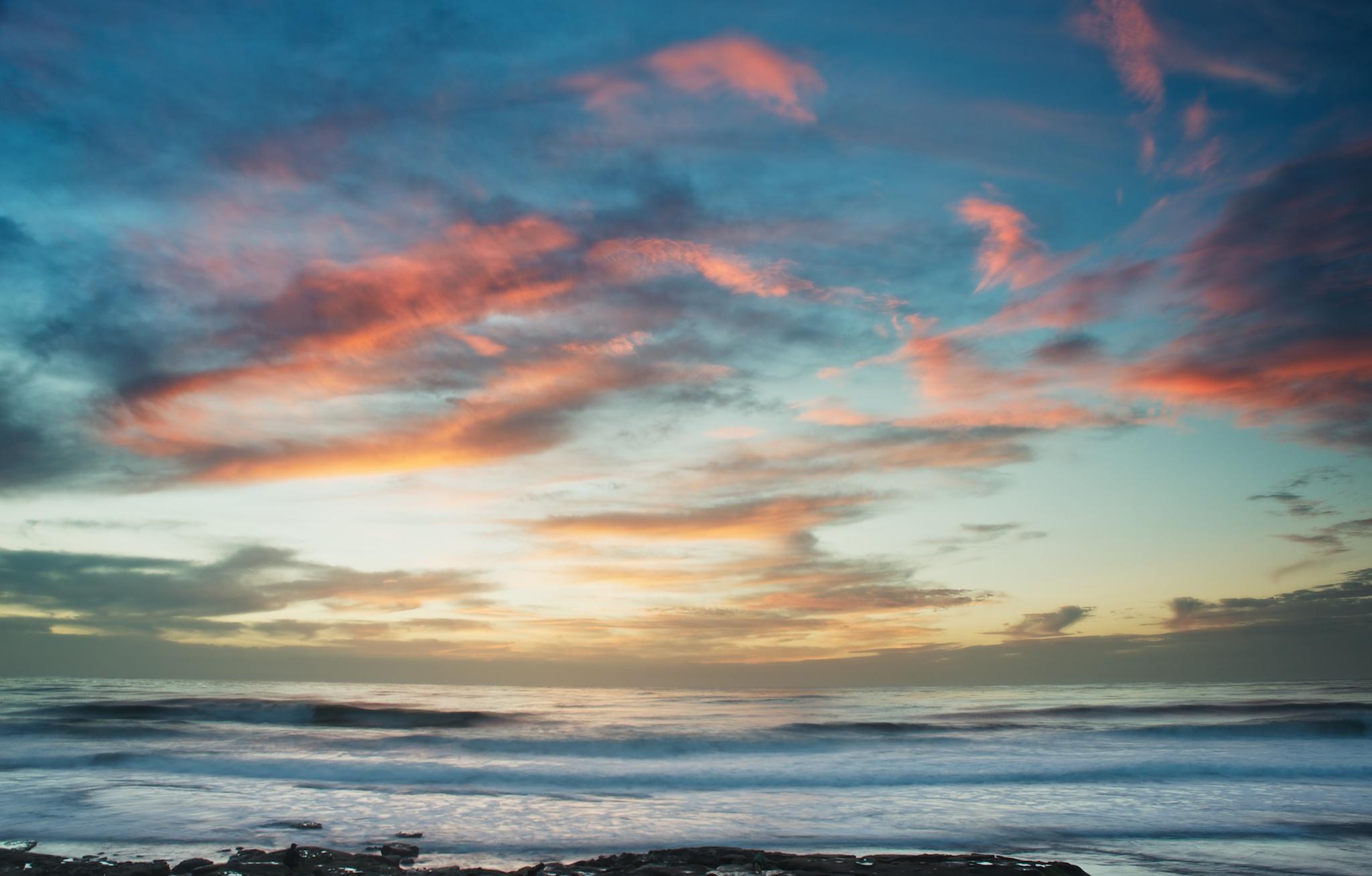 La-Jolla-Sunset-Surf-San-Diego.jpg