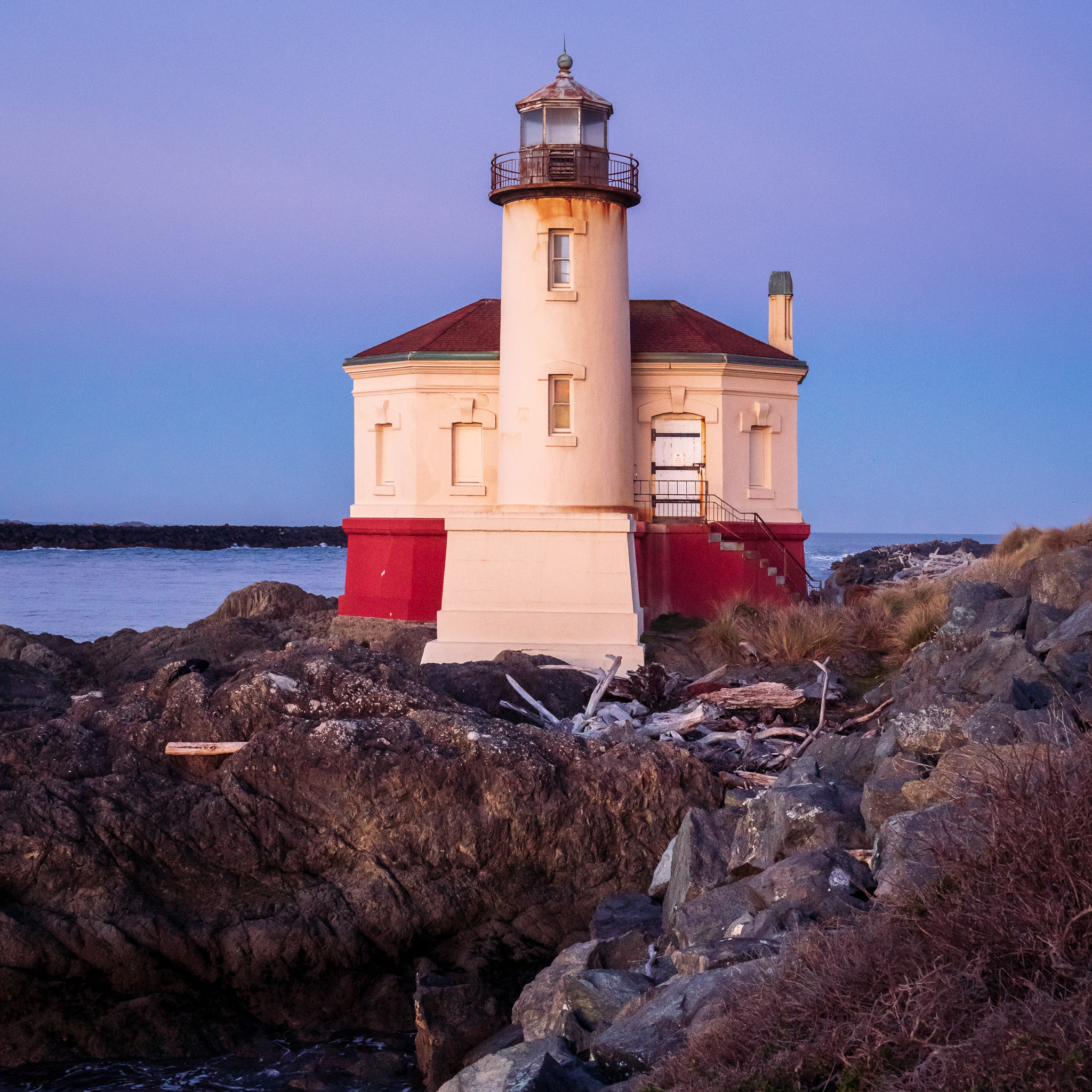 Coquille River Lighthouse, Before Sunrise