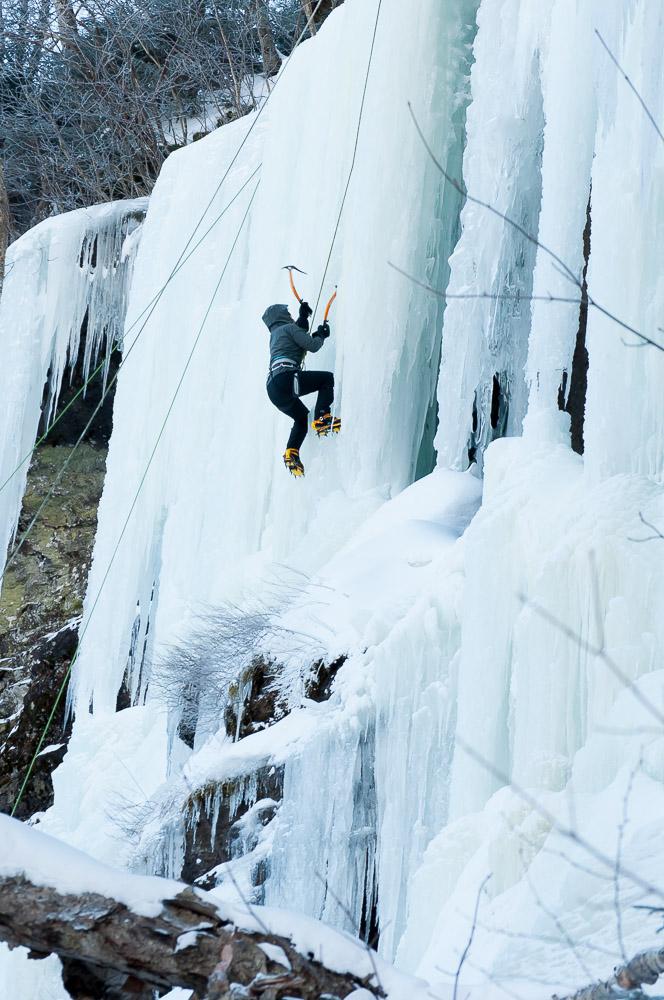 Smuggs Ice Climb-062.jpg