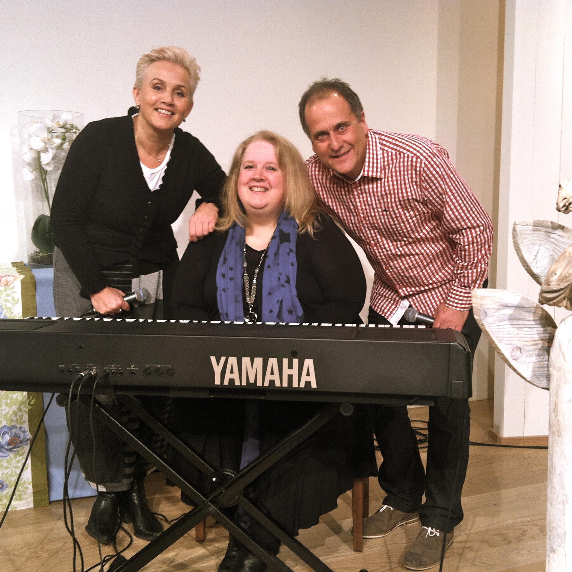 Sangopptak med May-Linne Danielsen på piano