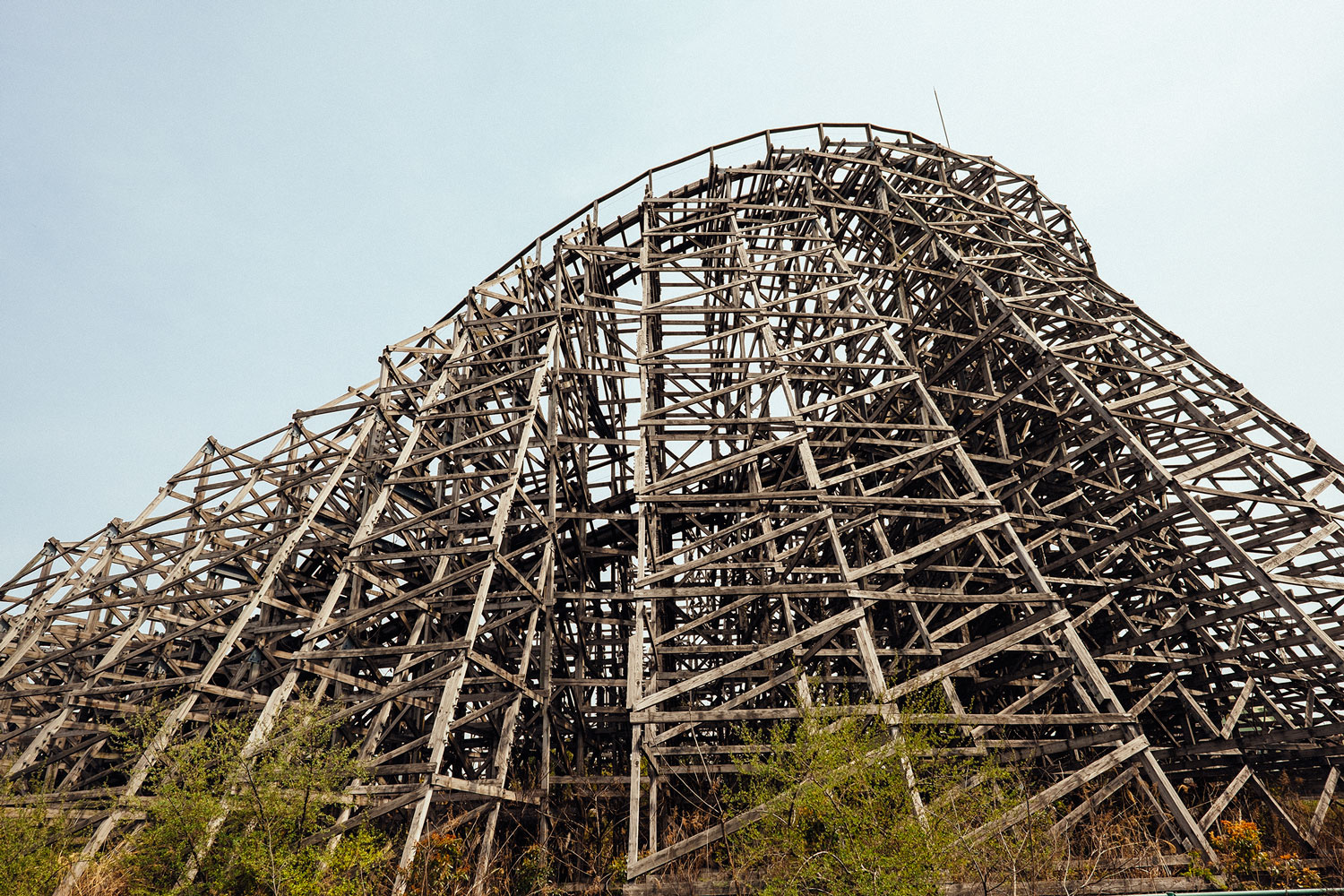 A... wait, WHAT?! A wooden rollercoaster?!