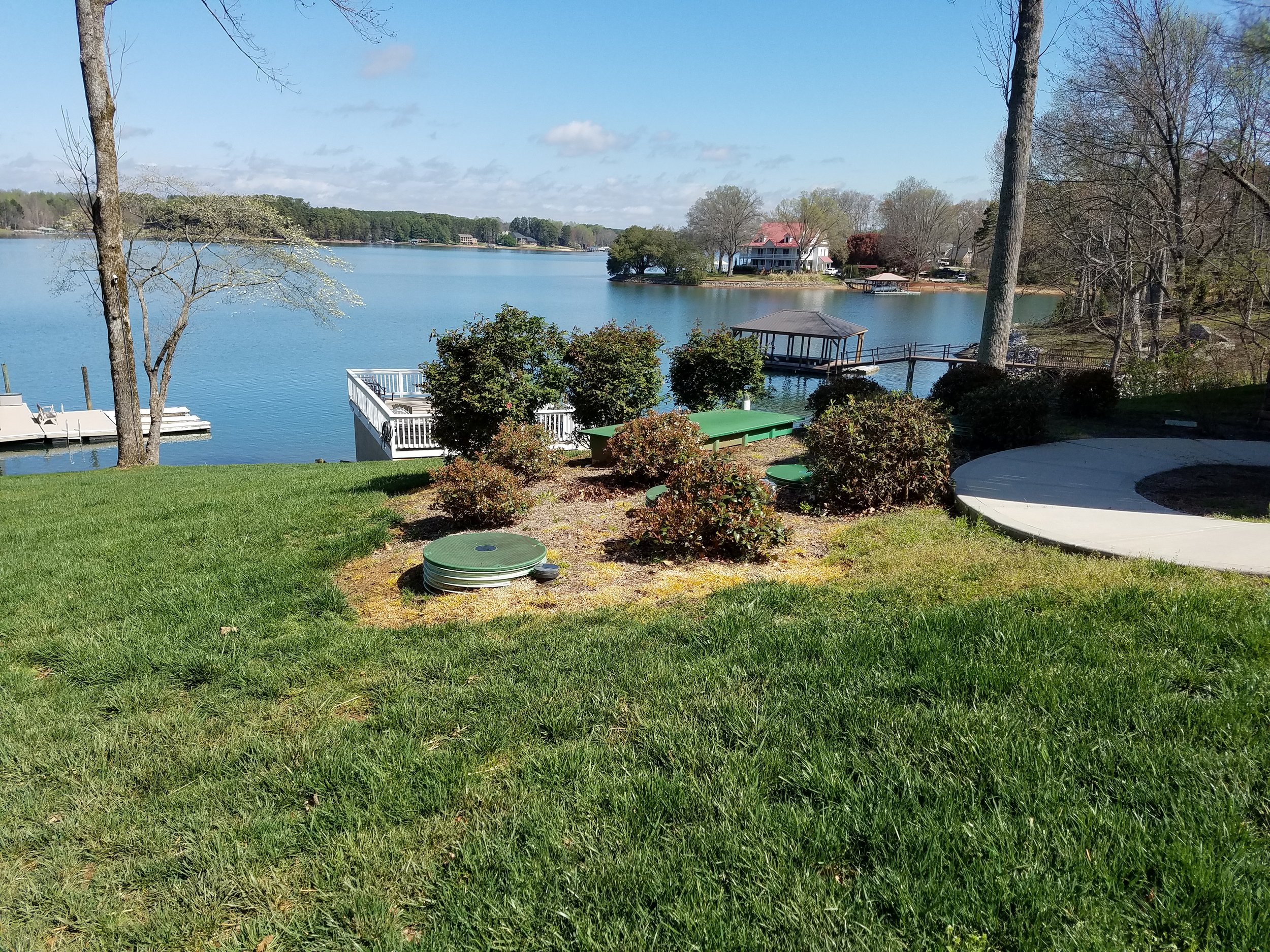 Lake Norman home using the AX20RTUV. Without treatment, this lot would have supported a 2 bedroom house without a pool. With Advantex, the homeowner was able to build a 3 bedroom home and a pool.