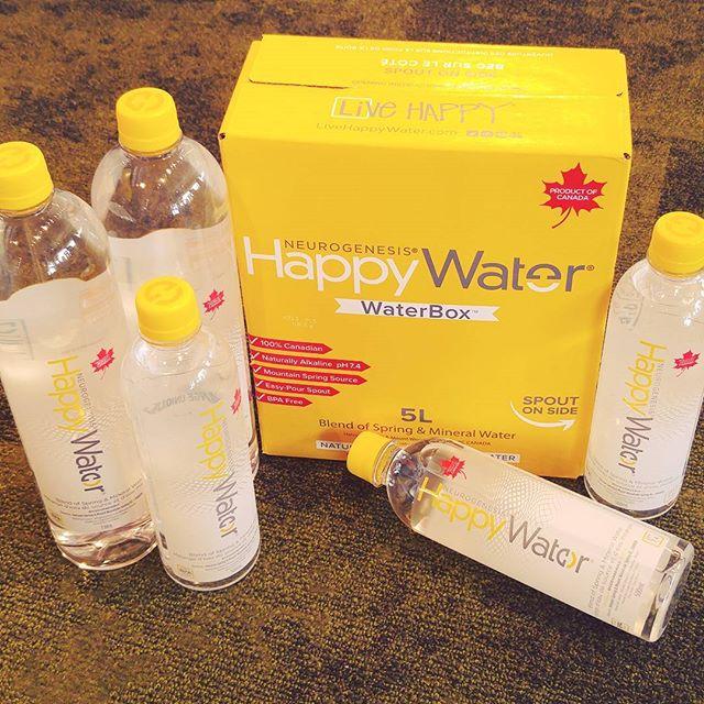 Canada's award-winning naturally alkaline lithia water 🍁🌊 Live happy! . . . . . @livehappywater #happywater #livehappy #natural #canada #heartpharmacy #fairfieldplaza #yyj #shoplocal  #westcoastbestcoast #vanisle #victoriabc #bc #vancouverisland