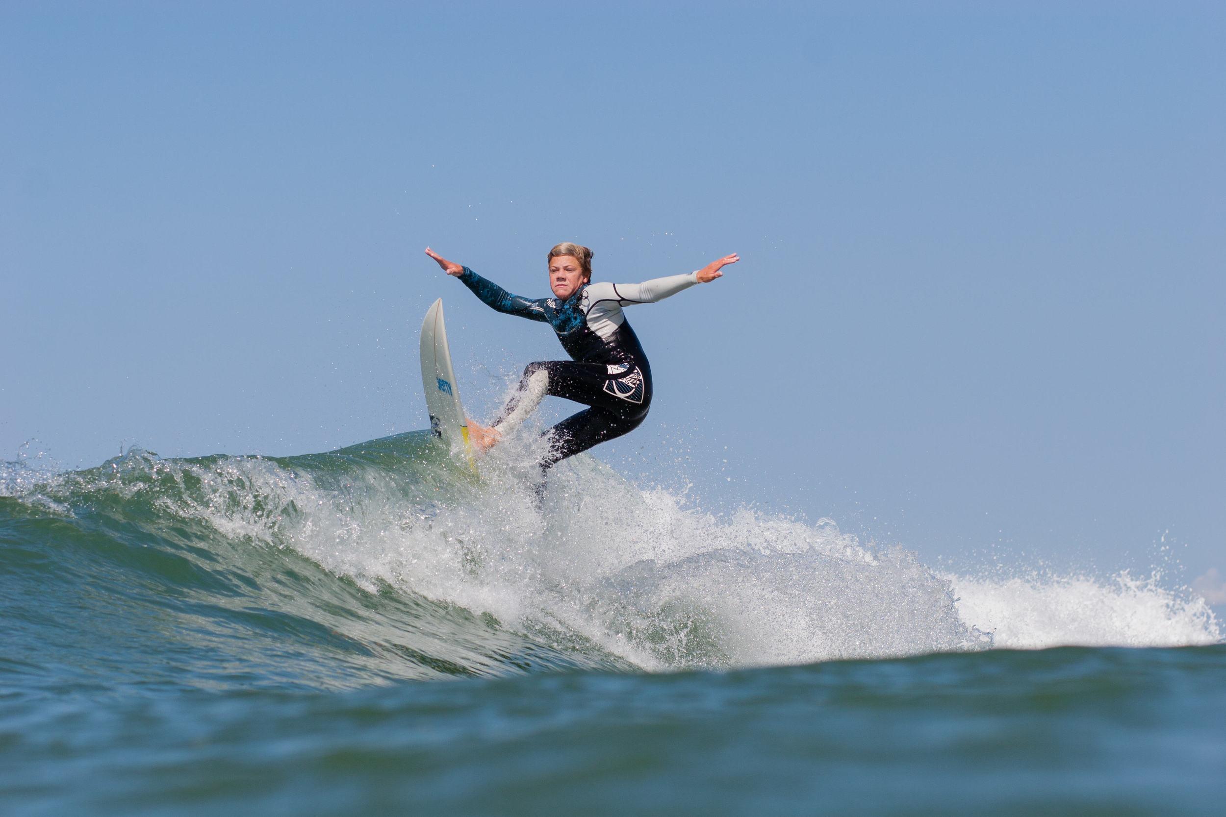 Spencer_Bridges_Surf (104 of 15).jpg