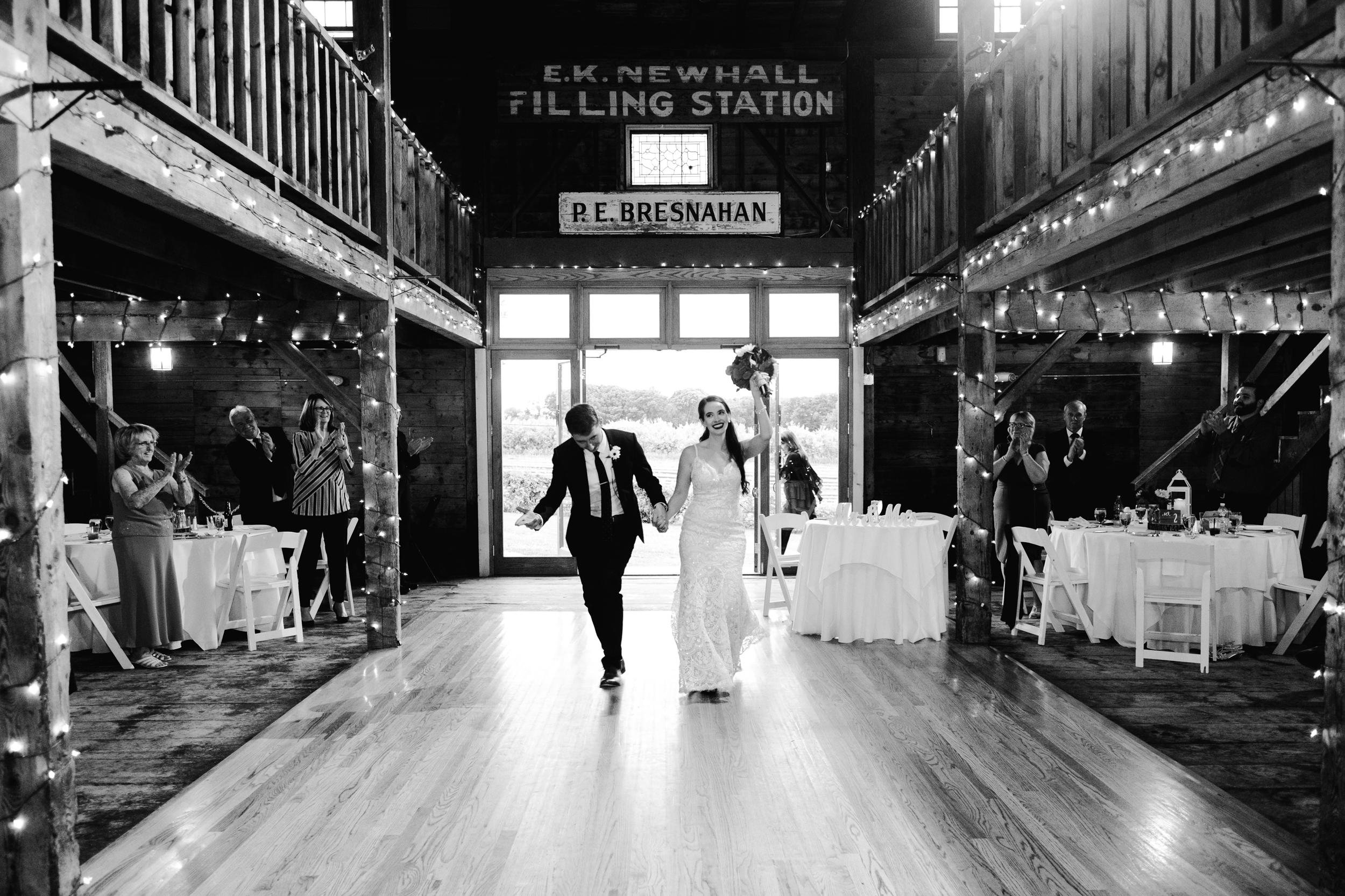 Wedding_Francis_Boucher_smith_barn_2018-73.jpg