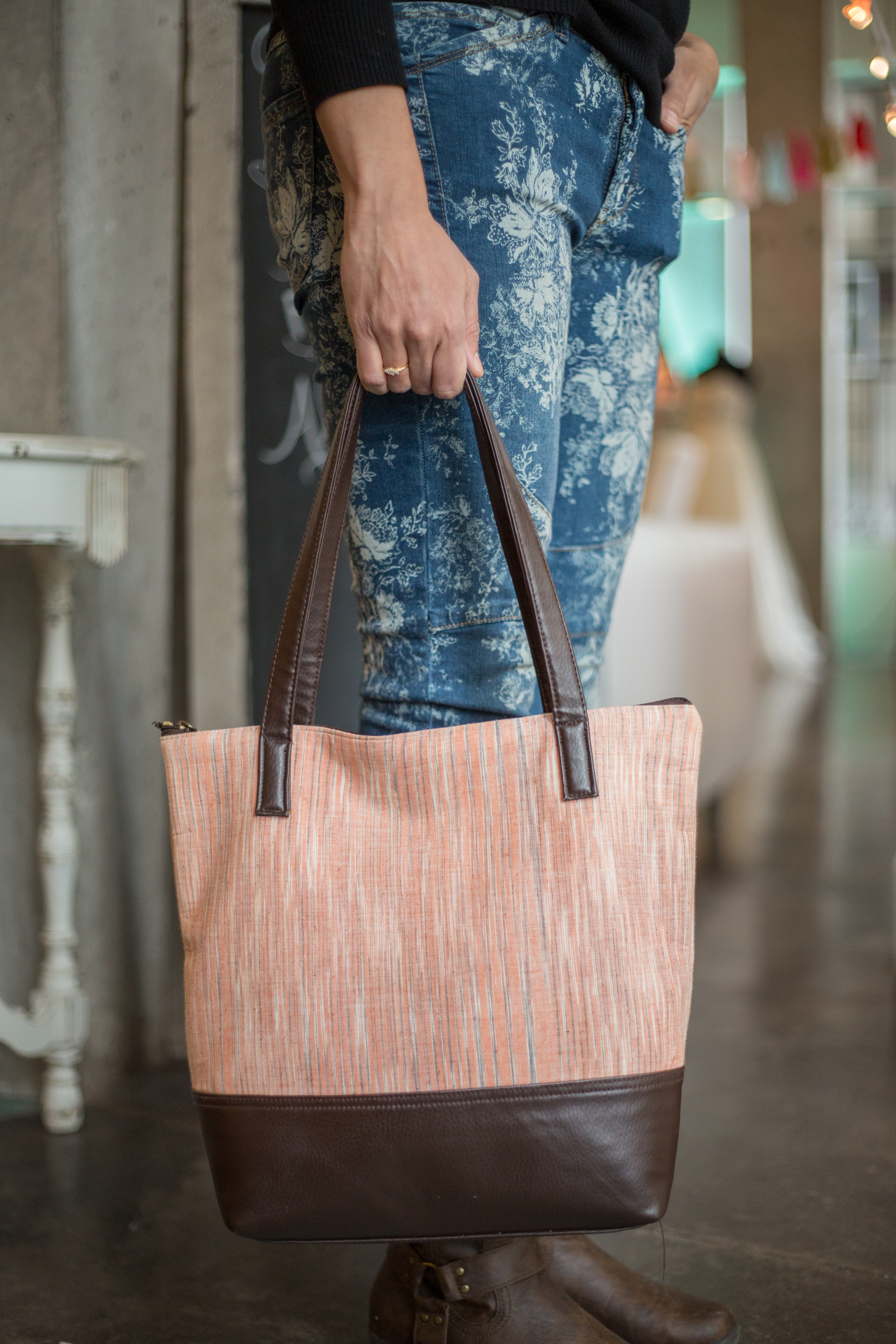 Everyday Tote bag in Khadi and Leather