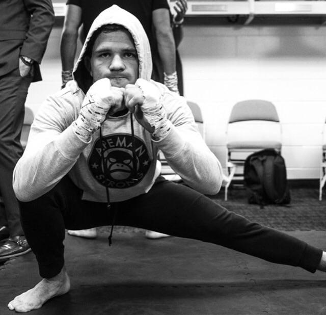ADAM PICCOLOTTI   Bellator Lightweight  9 wins - 2 loss