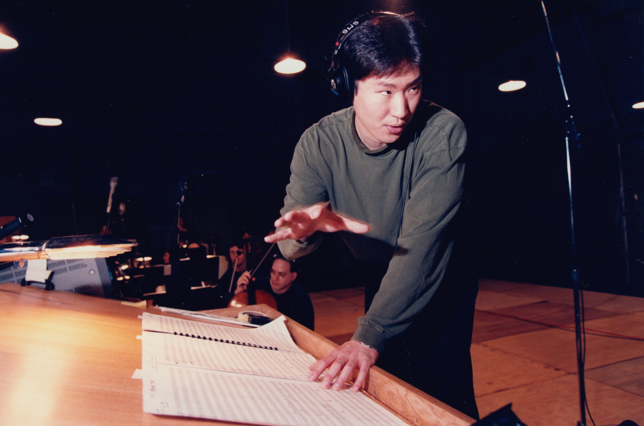 Edmund_Choi_Wide_Awake_Conducting_03.jpg