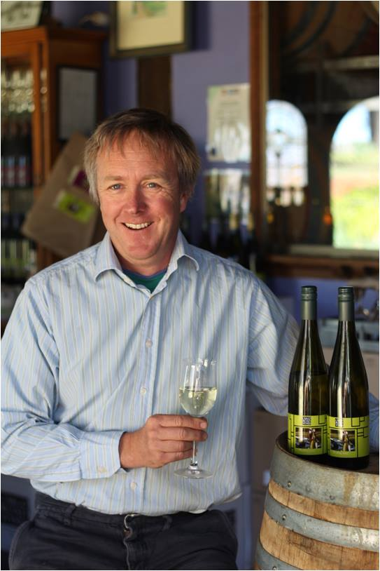 James Sweetapple with the 2013 Cargo Road Riesling