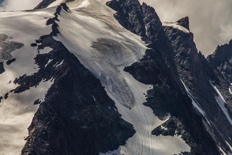 Snow Rock Mountain.png