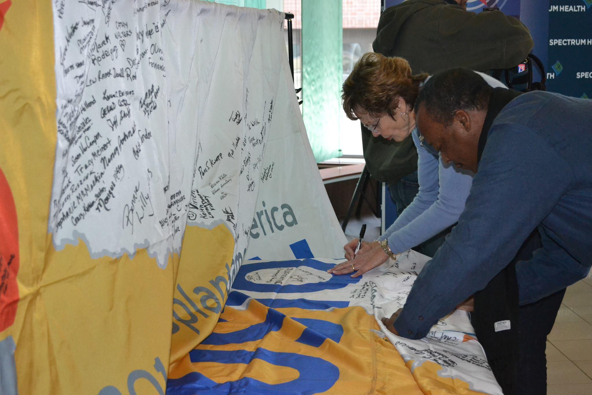 TM Flag Signing 2013-09.jpg