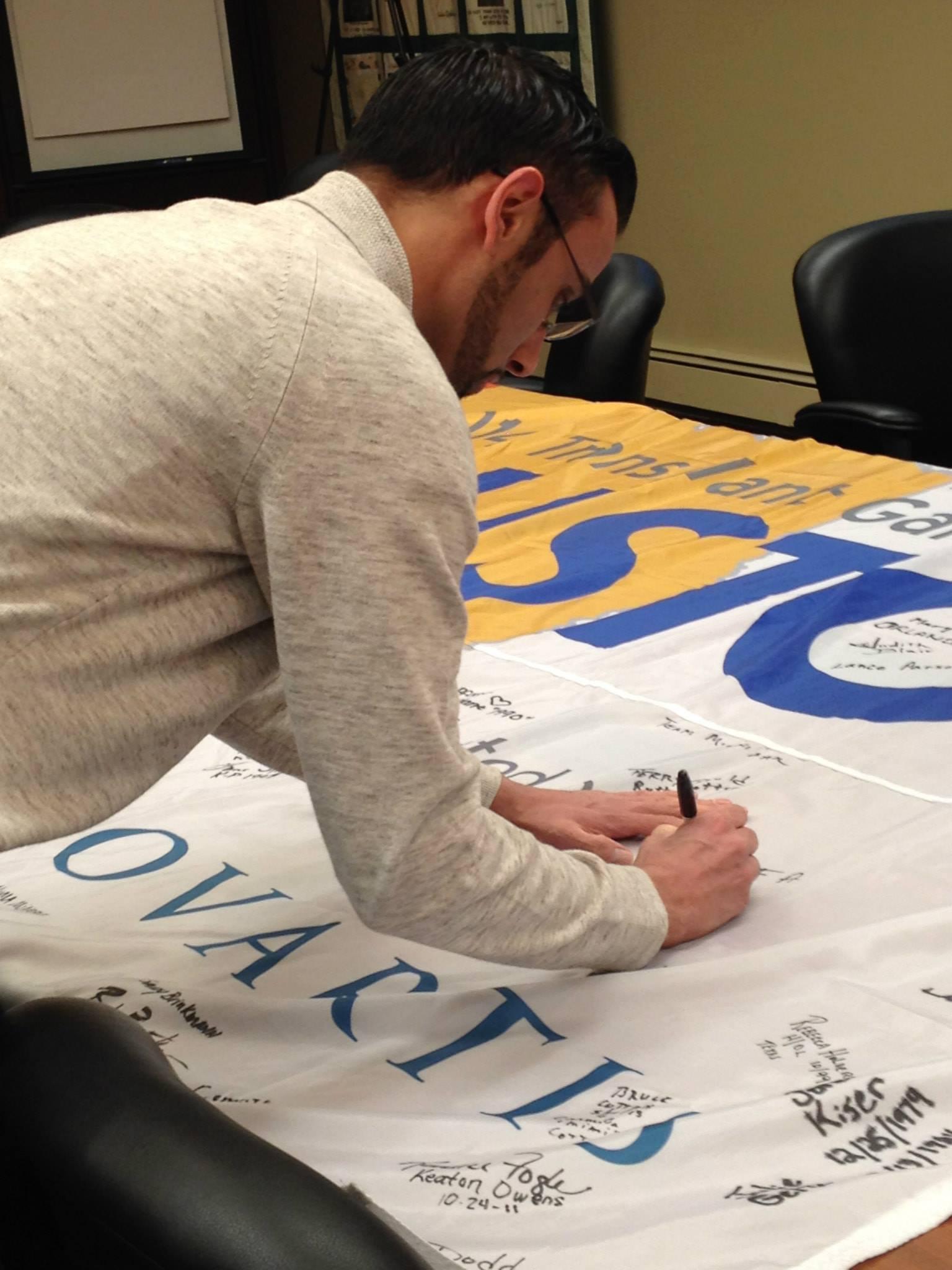 TM Flag Signing 2013-15.jpg