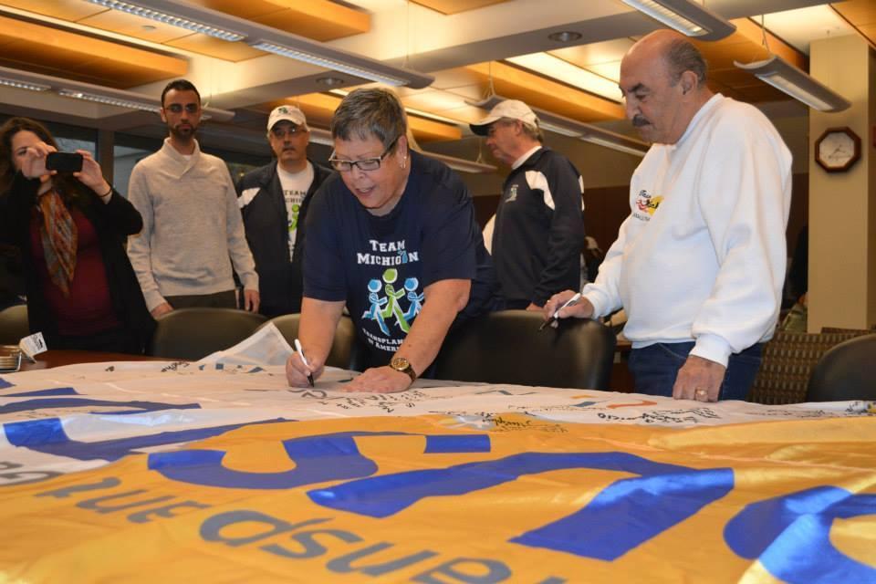 TM Flag Signing 2013-18.jpg