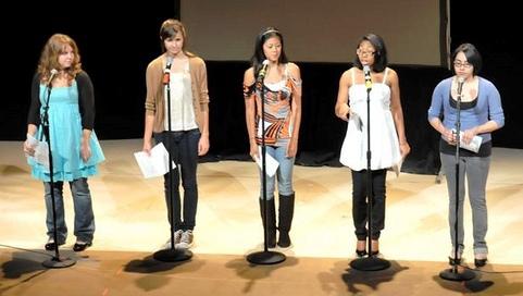 Girls-onstage.jpg