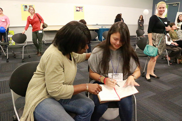 NBCLA   REPORTER/ANCHOr  Beverly White  teaches a mentee the fundamentals of journalism at our annual journalism workshop