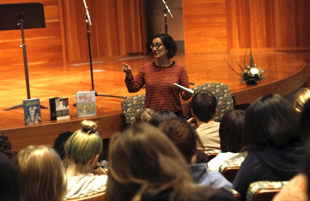 AUTHOR   CECIL CASTELLUCI   LEADS A QUICK WORKSHOP AT THE LOS ANGELES CENTRAL LIBRARY, PRIOR TO THE   NO CHARACTER LIMIT   BOOK LAUNCH.