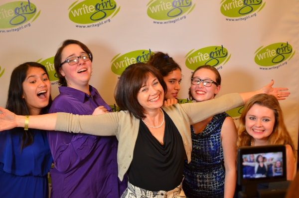 Clare Sera celebrates with Girls at the season 16 Book launch!