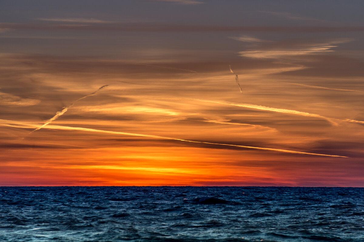 Streaked-Sunrise-LR.jpg