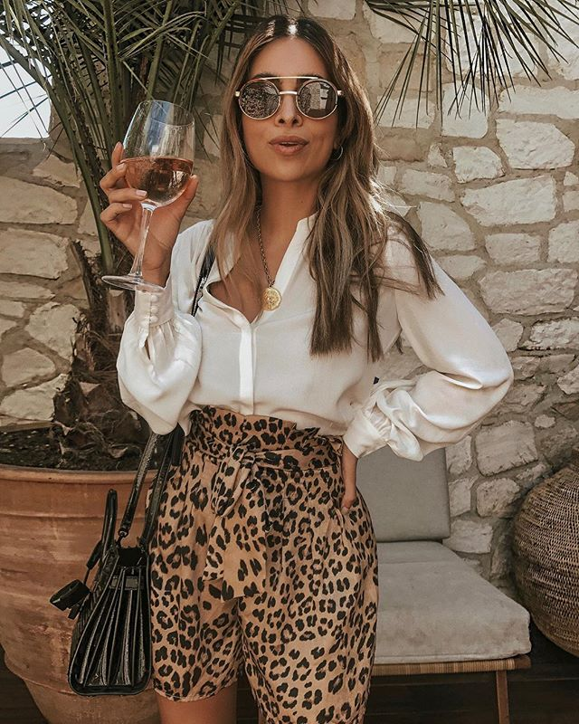 When you're Persian...leopard print is always on trend. Meow 🐯