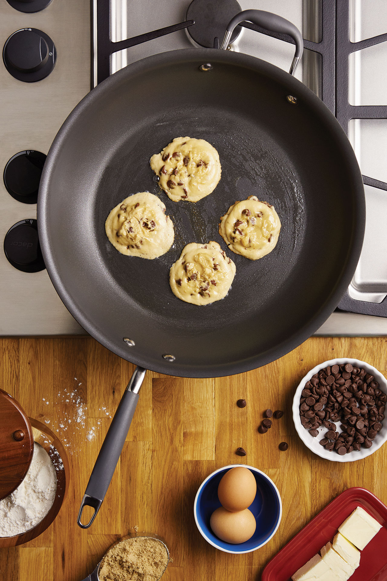 ANO_4360_Mad_Skillet_Cookies_Glam_V2.jpg