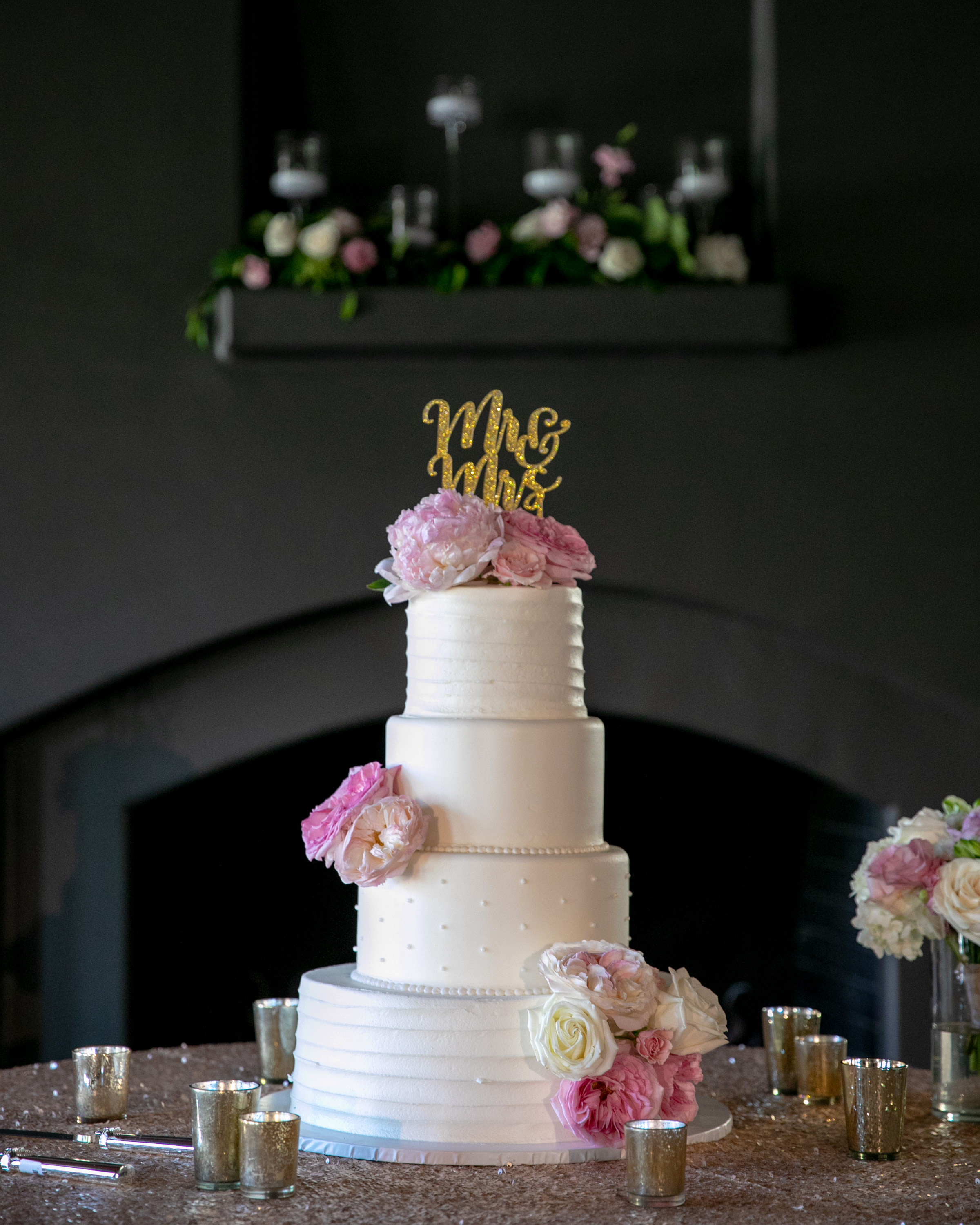 LarkLavender_Orange_County_Wedding_Cake.jpg