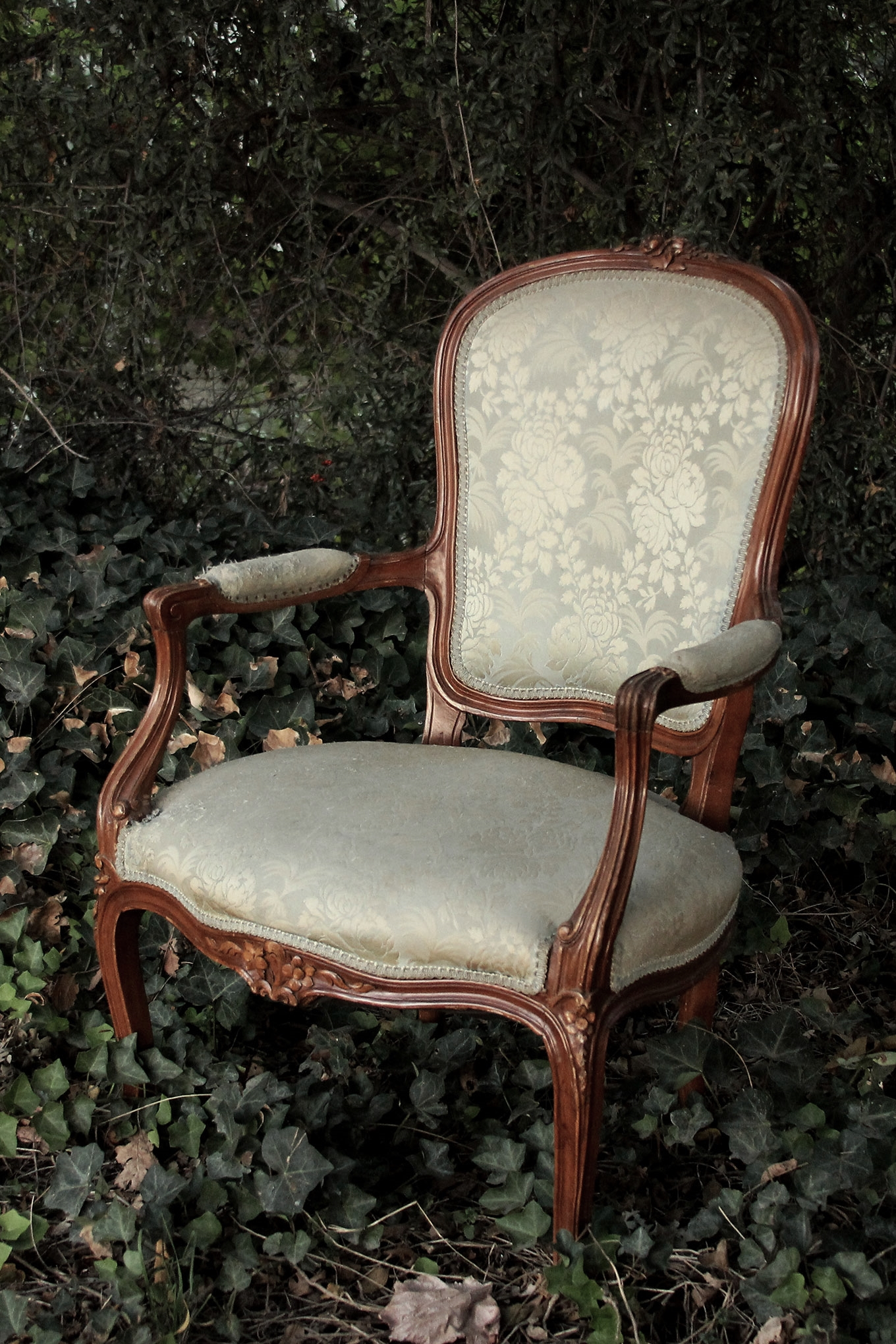 vintage green parlor chair wedding rentals