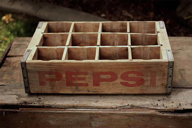RED LETTER PEPSI W/12 DIVIDERS - $10